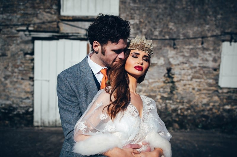 18 Rustic And Edgy Winter Wedding Styling At Trenderway