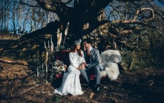 23 Rustic And Edgy Winter Wedding Styling At Trenderway